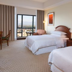 Sheraton Hanoi Hotel комната для гостей