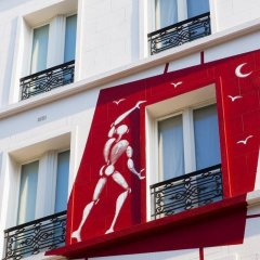 Отель Hôtel des Académies et des Arts балкон