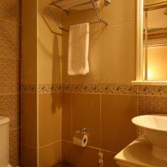 Aldem Boutique Hotel Istanbul Турция, Стамбул - 9 отзывов об отеле, цены и фото номеров - забронировать отель Aldem Boutique Hotel Istanbul онлайн ванная