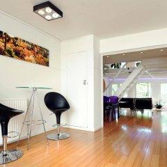 Апартаменты Amsterdam Boutique Apartments комната для гостей фото 3