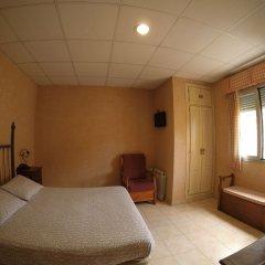 Отель Hostal La Casa de Enfrente комната для гостей фото 3