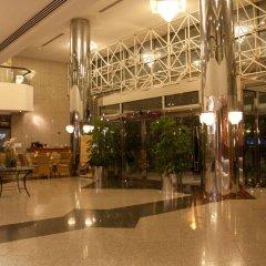 Avari Dubai Hotel гостиничный бар
