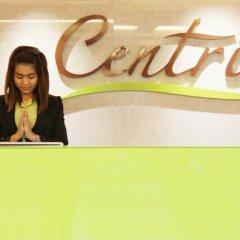 Отель Centric Place Бангкок бассейн