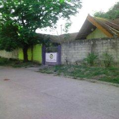 Отель Friendship Budget Hotel Филиппины, Пампанга - отзывы, цены и фото номеров - забронировать отель Friendship Budget Hotel онлайн парковка