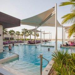 Отель Crowne Plaza Abu Dhabi Yas Island бассейн фото 3