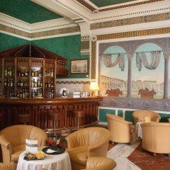 Отель Roma гостиничный бар фото 2