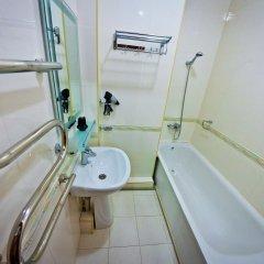 Отель Golden Dragon ApartHotel Кыргызстан, Бишкек - 1 отзыв об отеле, цены и фото номеров - забронировать отель Golden Dragon ApartHotel онлайн ванная