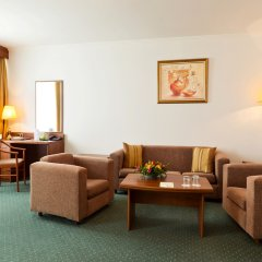 Гостиница Корстон, Москва в Москве - забронировать гостиницу Корстон, Москва, цены и фото номеров комната для гостей фото 5