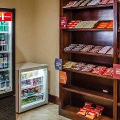 Отель Comfort Suites Saraland питание