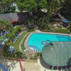 Отель Artistic Diving Resort бассейн