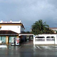 Отель Hostal Las Cumbres Испания, Кониль-де-ла-Фронтера - отзывы, цены и фото номеров - забронировать отель Hostal Las Cumbres онлайн парковка