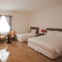 Den Long Do Hotel & Restaurant удобства в номере