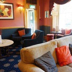 Royal Cambridge Hotel гостиничный бар