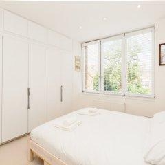 Отель Natural light and modern home in Primrose Hill Великобритания, Лондон - отзывы, цены и фото номеров - забронировать отель Natural light and modern home in Primrose Hill онлайн комната для гостей фото 4
