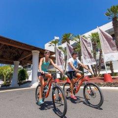 Отель Sands Beach Resort спортивное сооружение