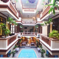 Отель Nhi Nhi Хойан бассейн фото 3