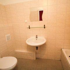 Отель Metropol Hostel Berlin Германия, Берлин - 12 отзывов об отеле, цены и фото номеров - забронировать отель Metropol Hostel Berlin онлайн ванная фото 2