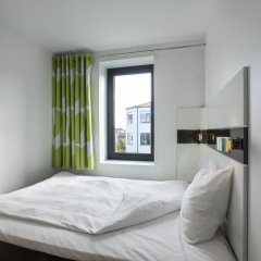 Отель Wakeup Copenhagen - Borgergade Дания, Копенгаген - 4 отзыва об отеле, цены и фото номеров - забронировать отель Wakeup Copenhagen - Borgergade онлайн комната для гостей фото 3
