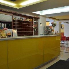 Отель City Central De Luxe Чехия, Прага - 5 отзывов об отеле, цены и фото номеров - забронировать отель City Central De Luxe онлайн питание фото 2