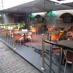 Отель Cynergy Suites Festac Town гостиничный бар