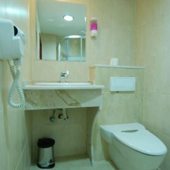 Отель Al Rashid Hotel Иордания, Вади-Муса - отзывы, цены и фото номеров - забронировать отель Al Rashid Hotel онлайн ванная фото 3