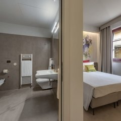 Отель Casolare Le Terre Rosse Италия, Сан-Джиминьяно - 1 отзыв об отеле, цены и фото номеров - забронировать отель Casolare Le Terre Rosse онлайн ванная