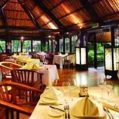 Отель Outrigger Fiji Beach Resort питание