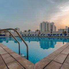 Arabian Park Hotel бассейн