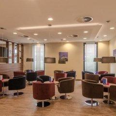 Отель Holiday Inn Express Dusseldorf - City интерьер отеля фото 2