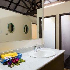 Funky Fish Beach & Surf Resort - Hostel ванная фото 2
