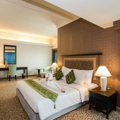 Baiyoke Sky Hotel 4* Люкс с различными типами кроватей