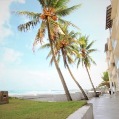 Hikkaduwa Beach Hotel пляж