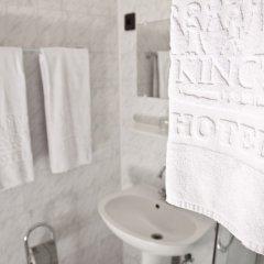King's Hotel ванная фото 2