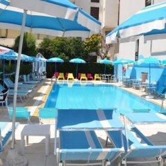 Hotel Adelphi бассейн