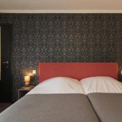 Hotel Karel de Stoute сейф в номере