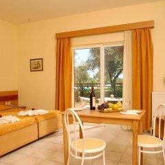 Saint Nicholas Hotel комната для гостей