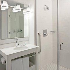 Отель Four Points by Sheraton Long Island City ванная