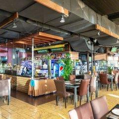 Отель H2O Филиппины, Манила - 2 отзыва об отеле, цены и фото номеров - забронировать отель H2O онлайн бассейн фото 3