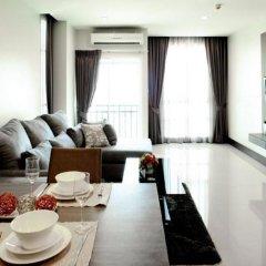 Отель Crystal Suites Suvarnabhumi Airport Бангкок в номере