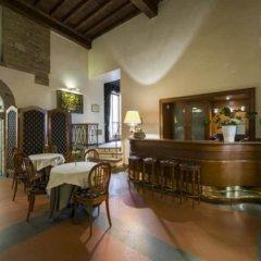 Отель Degli Orafi гостиничный бар