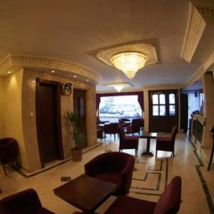 Pera Arya Hotel гостиничный бар