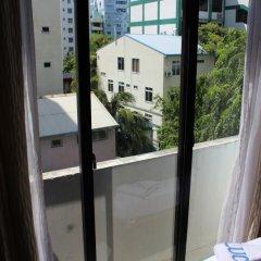 Отель Luckyhiya Hotel Мальдивы, Северный атолл Мале - отзывы, цены и фото номеров - забронировать отель Luckyhiya Hotel онлайн балкон