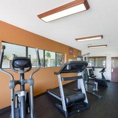Отель Comfort Suites Plainview фитнесс-зал фото 2