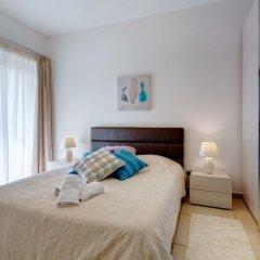 Отель Seaview 3BR Apart inc Pool, Fort Cambridge Sliema Мальта, Слима - отзывы, цены и фото номеров - забронировать отель Seaview 3BR Apart inc Pool, Fort Cambridge Sliema онлайн комната для гостей фото 2