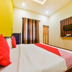 Отель OYO 37027 Bloo Resort Гоа сейф в номере