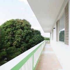Отель Villa Donna Inn балкон