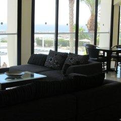 Royal Blue Hotel Paphos интерьер отеля фото 2