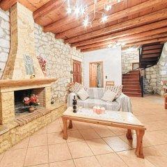 Отель Joanna's Stone Villas комната для гостей фото 4