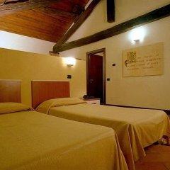 Hotel Morimondo Моримондо сейф в номере