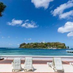 Mariners Hotel пляж